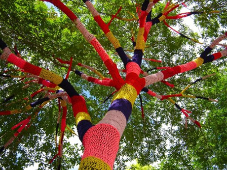 Yarn-bombing[1]